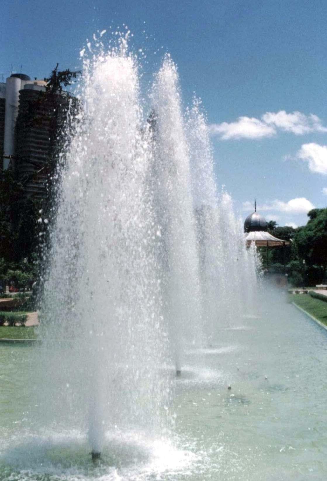 Jato D'água Fontes Luminosas